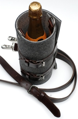 The Quiver Wine Holder