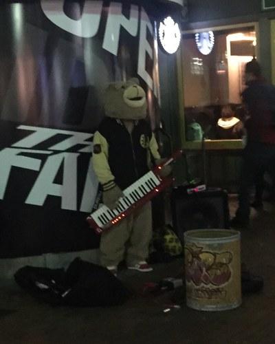 Keytar Bear pre-show