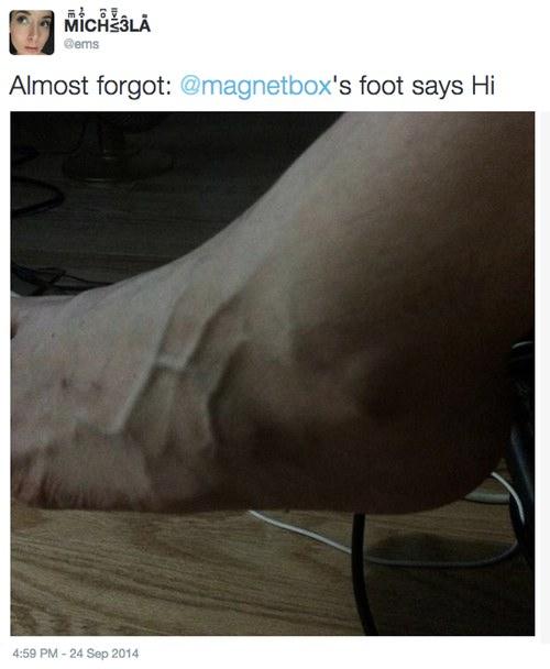 'Almost forgot: @magnetbox's foot says Hi
