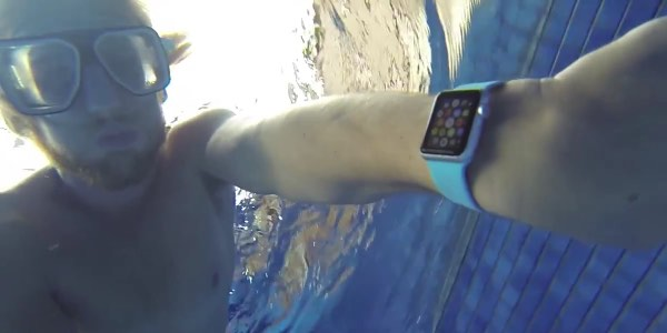 Apple Watch in Pool
