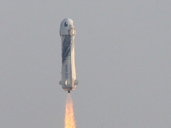 A visual of the rocket Bezos took to the edge of space, which looks an awful lot like a penis.